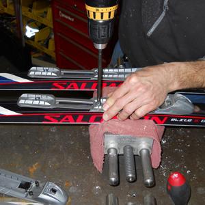 00713-Ski Binding Mounting Charge